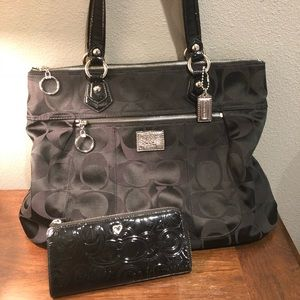Coach Poppy tote bag and wallet